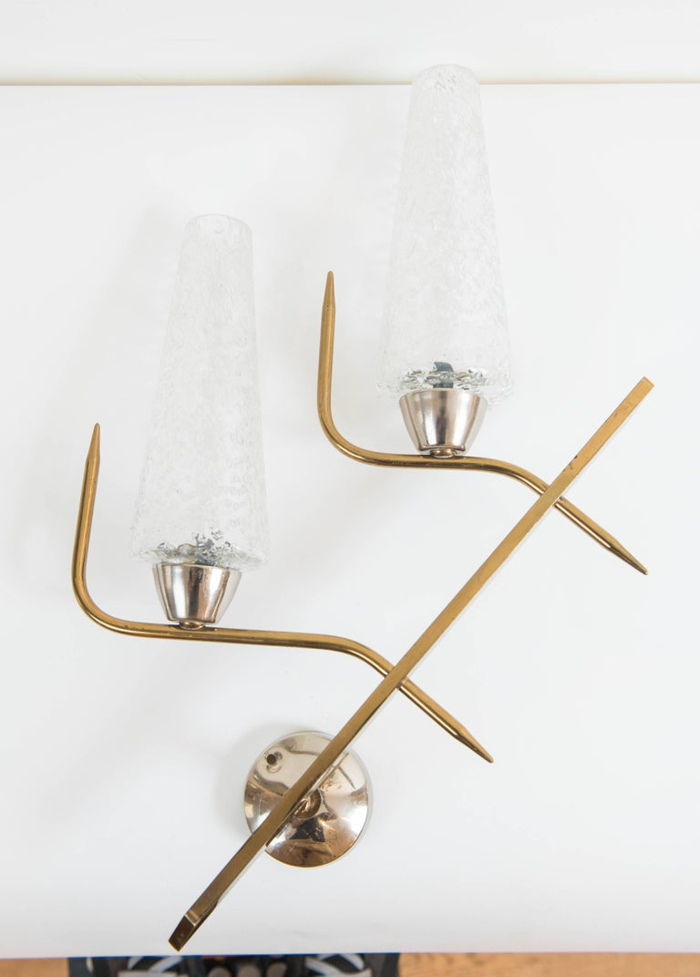 Pair of 1950s Brass Wall Sconces from France with Textured Glass Shades 3