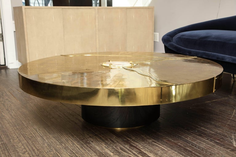 Mid-Century Modern Spectacular Round Etched Brass and Agate Cocktail Table For Sale