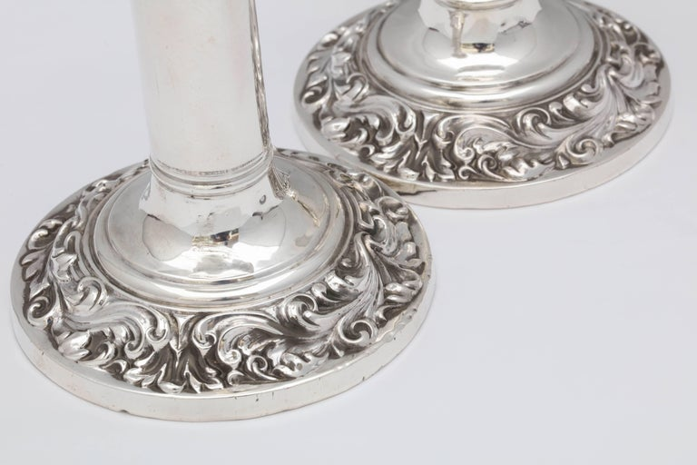 English Pair of Edwardian, Sterling Silver Candlesticks For Sale