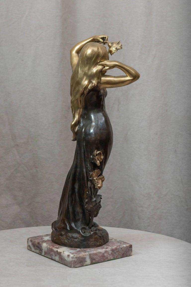 Art Nouveau Bronze Figure of a Young Woman For Sale 1