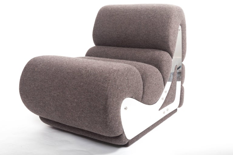 Slipper Chair with Brushed Stainless Steel Sides, By Kappa In Excellent Condition For Sale In East Hampton, NY