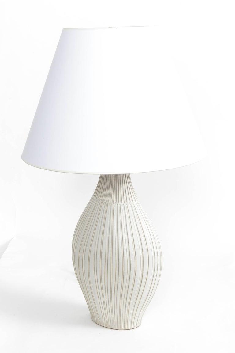 Fluted gourd ceramic table lamp, by Lee Rosen for Design Technics USA, 1950s.