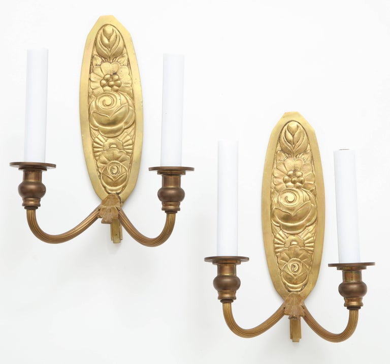 Pair of Vintage French Bronze Wall Candle Sconces In Excellent Condition For Sale In New York, NY