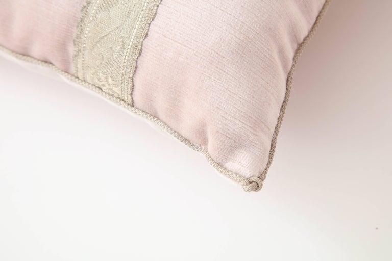 Pair of Blush Pink Velvet Pillows For Sale 2