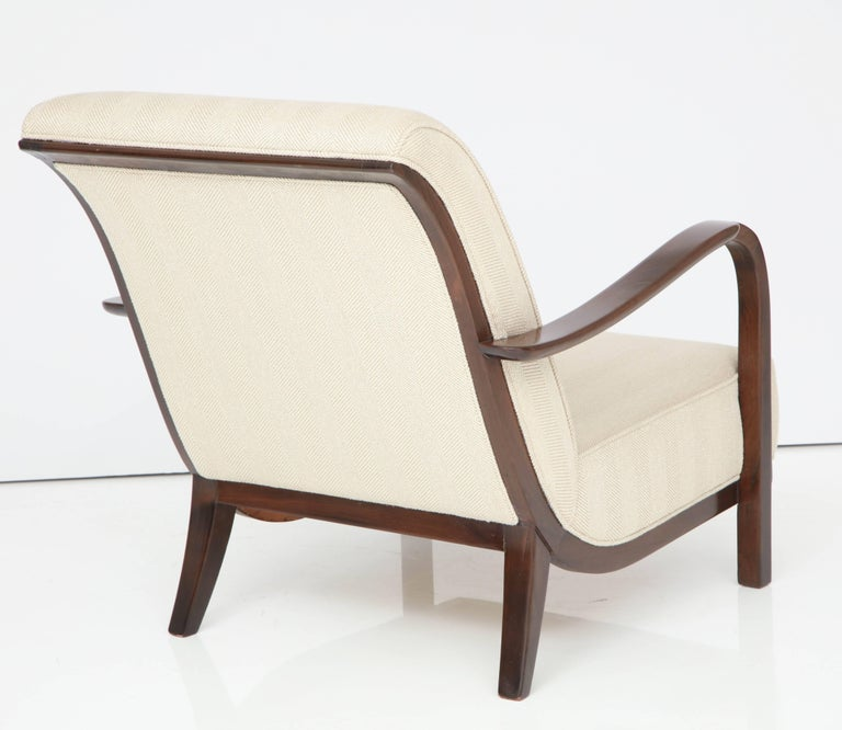 Pair of Italian Armchairs Attributed to Paolo Buffa For Sale 1