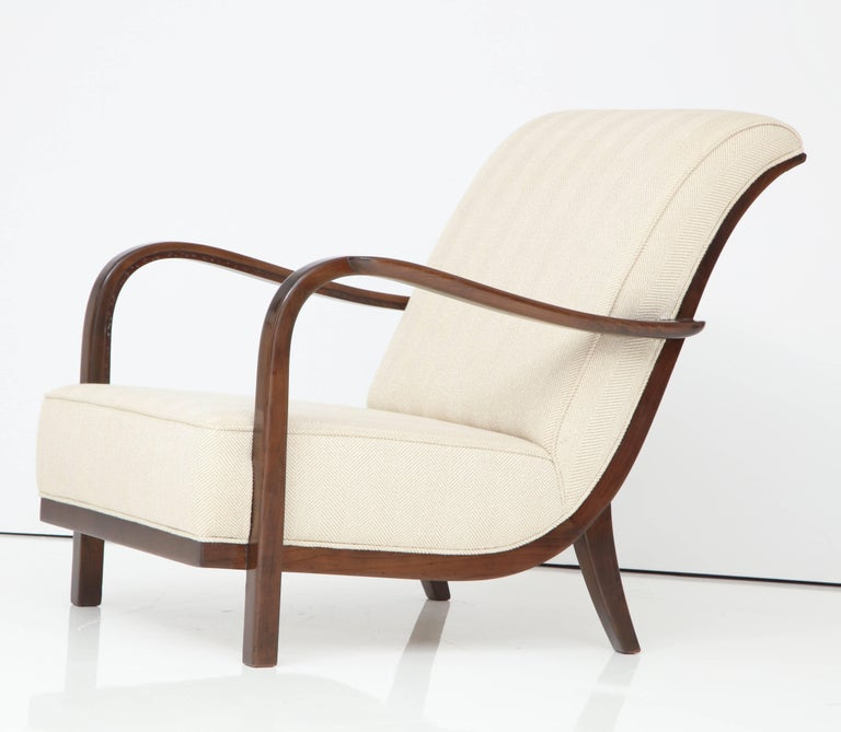 Pair of Italian Armchairs Attributed to Paolo Buffa For Sale 3