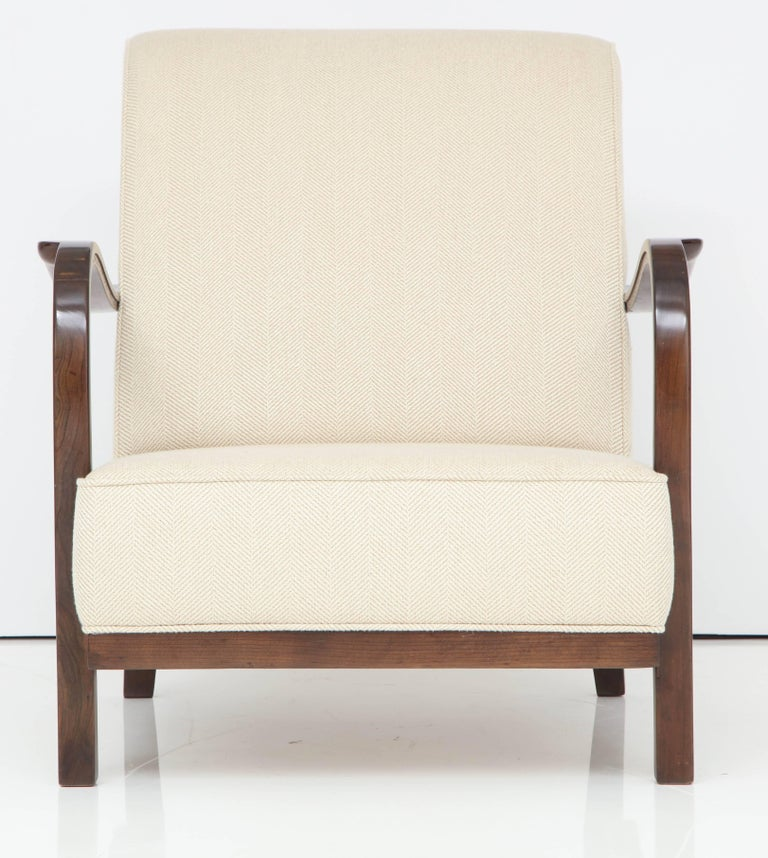 Pair of Italian Armchairs Attributed to Paolo Buffa For Sale 4