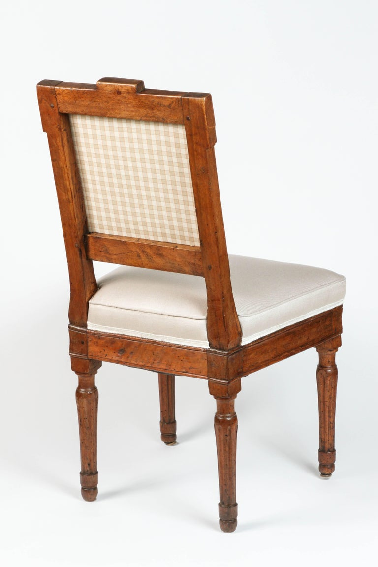 18th century louis xvi carved side chairs for sale at 1stdibs - Louis th chairs ...