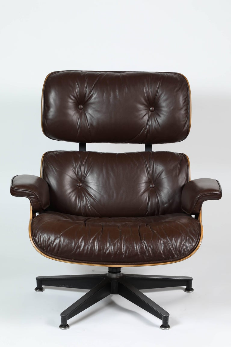 Eames herman miller lounge and ottoman at 1stdibs - Herman miller eames lounge chair and ottoman ...