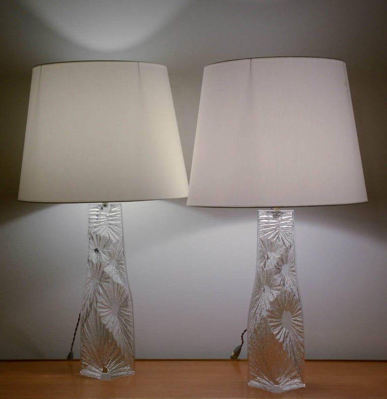 Large Pair of 1960s Crystal Lamps by Daum For Sale 4