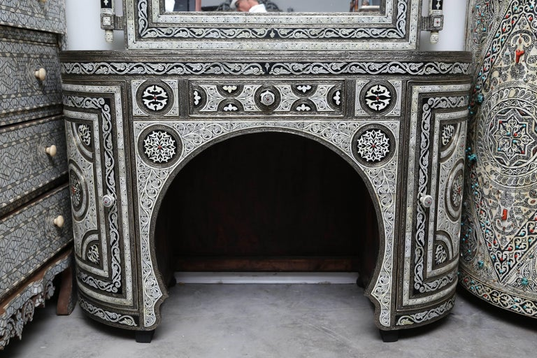 Superb Three Pieces Moroccan Bone And Ink Vanity At 1stdibs