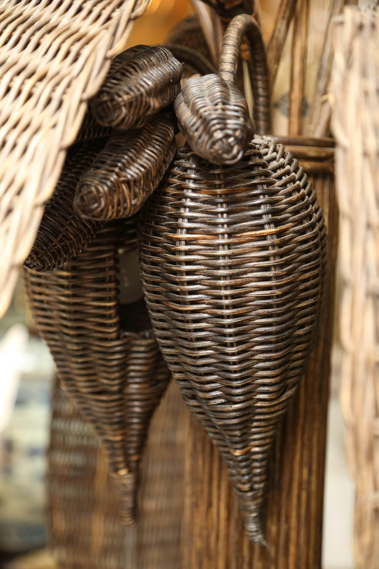 Exotic Vintage Pencil Bamboo and Rattan Banana Tree Floor Lamp In Excellent Condition For Sale In West Palm Beach, FL