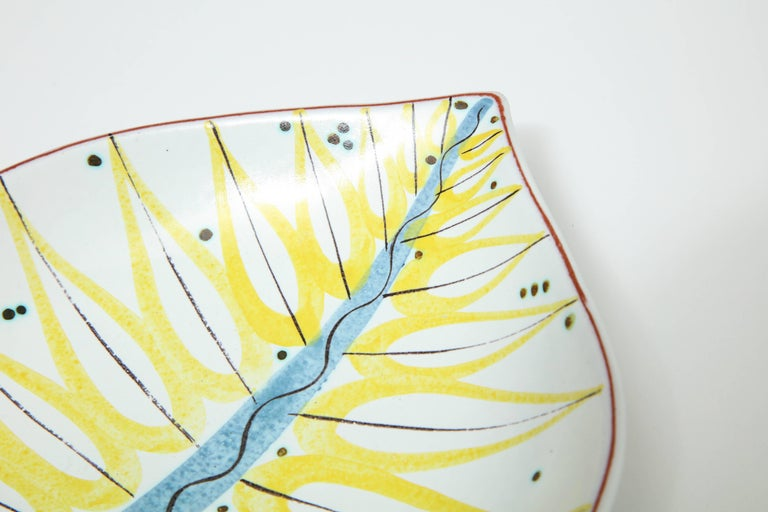Hand-Painted Pottery Bowl by Stig Lindberg, Sweden, circa 1950 For Sale