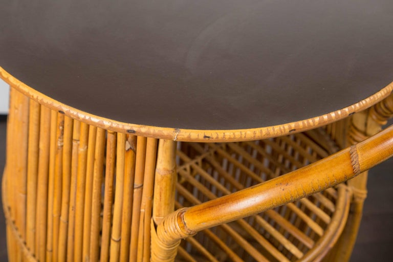 Small Mid-Century Modern Rattan Bar In Excellent Condition For Sale In Stamford, CT