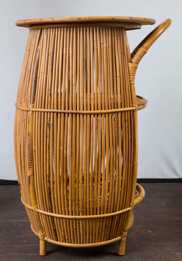 Small Mid-Century Modern Rattan Bar For Sale 1