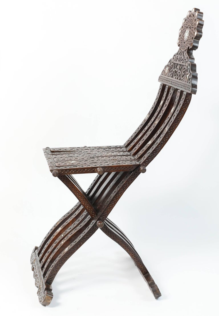 Syrian Mother-of-Pearl Inlaid Wooden Folding Chair In Good Condition For Sale In Los Angeles, CA