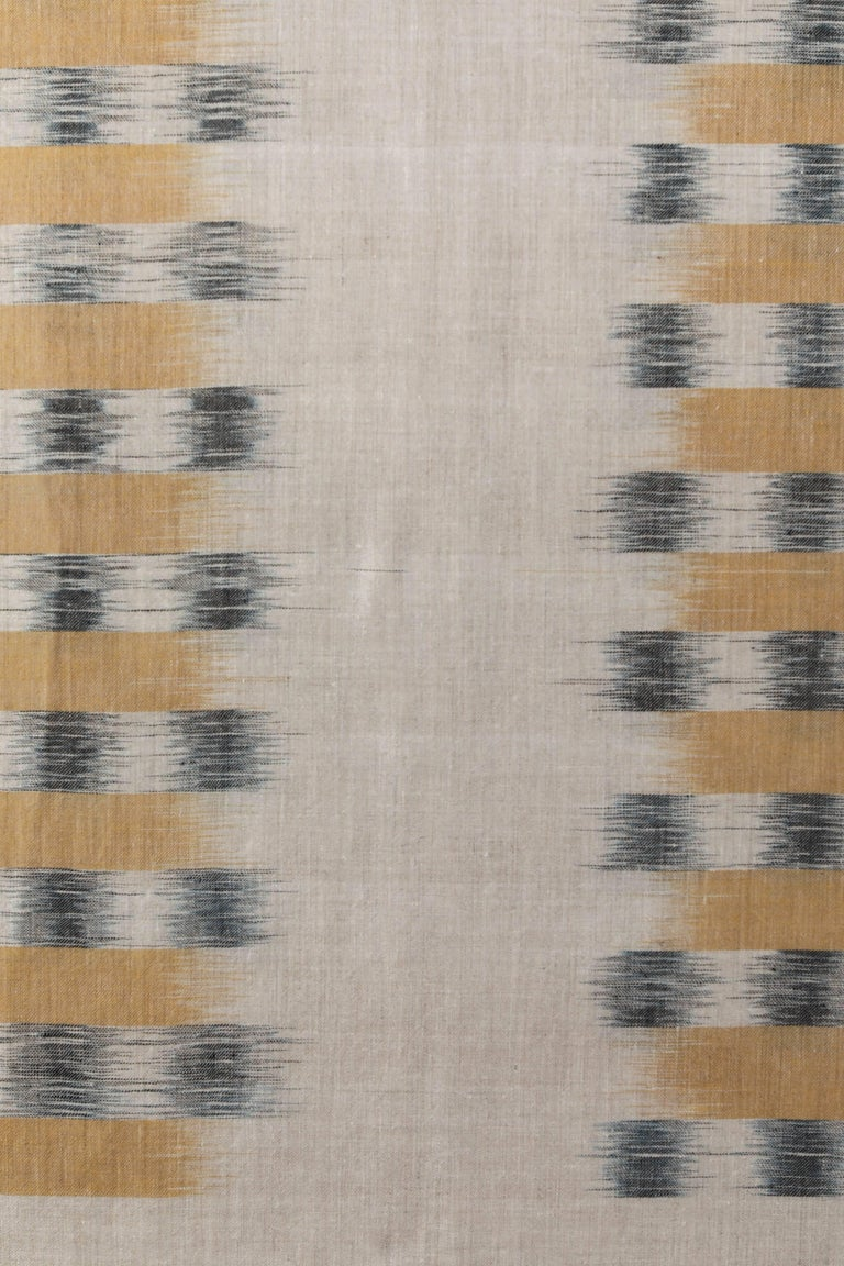 Pat McGann Workshop Contemporary extra fine Ikat weave throw handwoven in Kashmir, India.