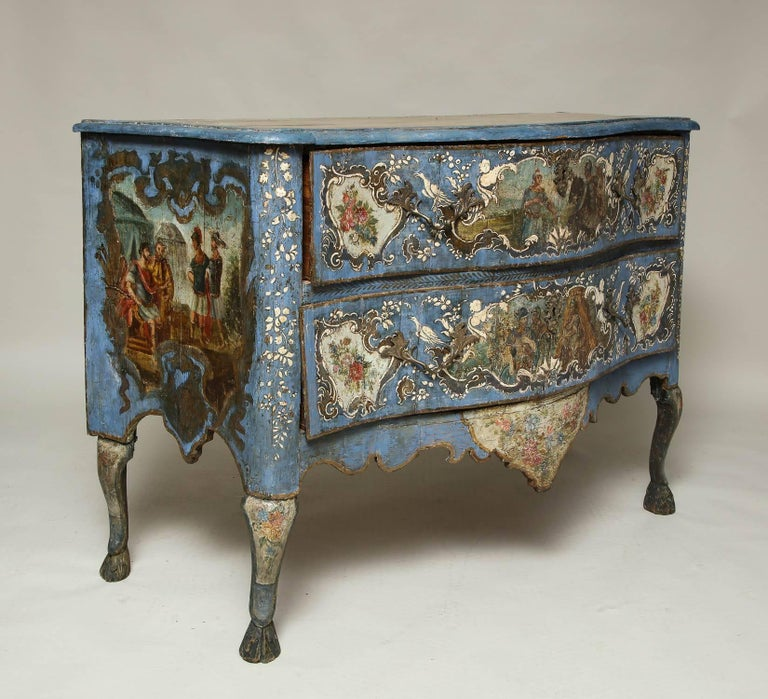 18th Century Painted Blue Italian Commode In Good Condition For Sale In New York, NY