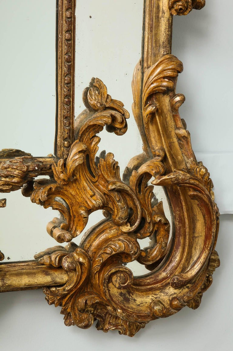 English Rococo Mirror In Good Condition For Sale In New York, NY