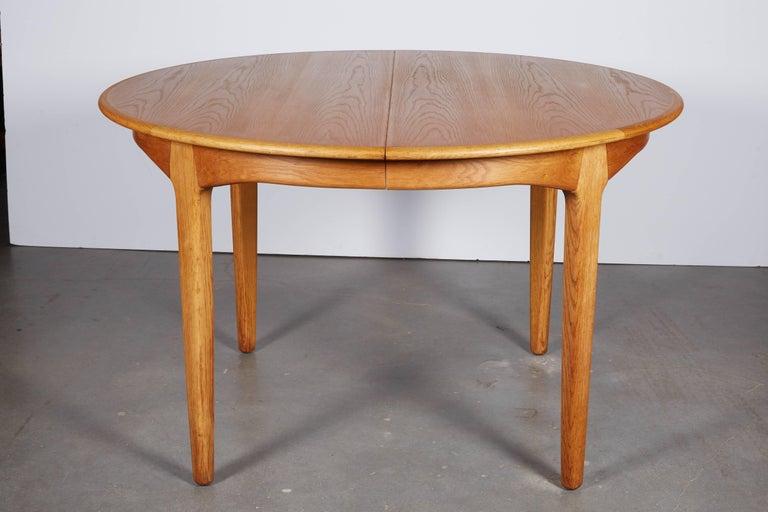Henning Kjaernulf Round Dining Table 4
