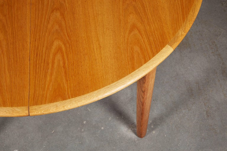 Henning Kjaernulf Round Dining Table 5