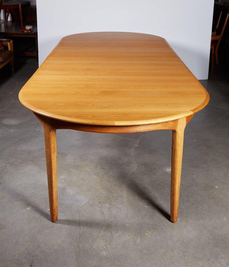 Henning Kjaernulf Round Dining Table 2