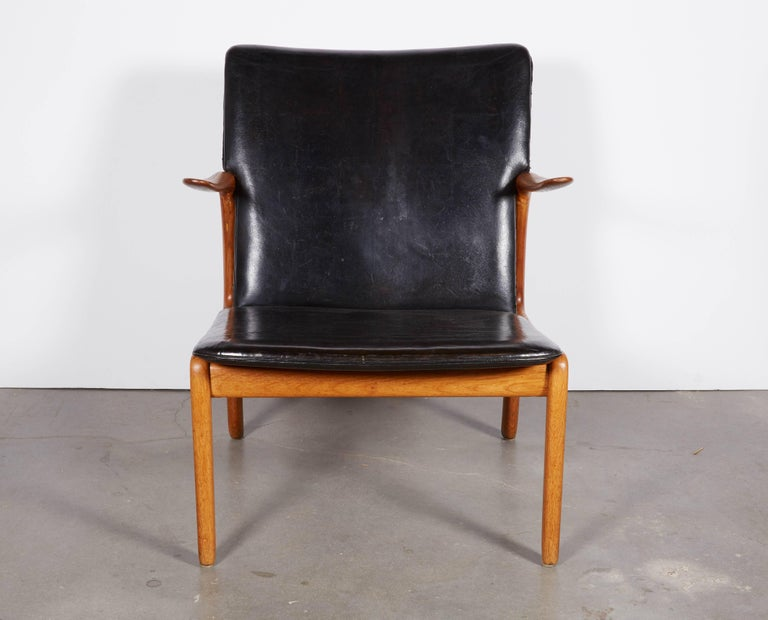 Vintage 1950s Danish Armchair by Ole Wanscher  This mid century lounge chair is in excellent condition. The oak structure is well kept and has a lovely aged look. The leather is original. Ready for pick up, delivery, or shipping anywhere in the