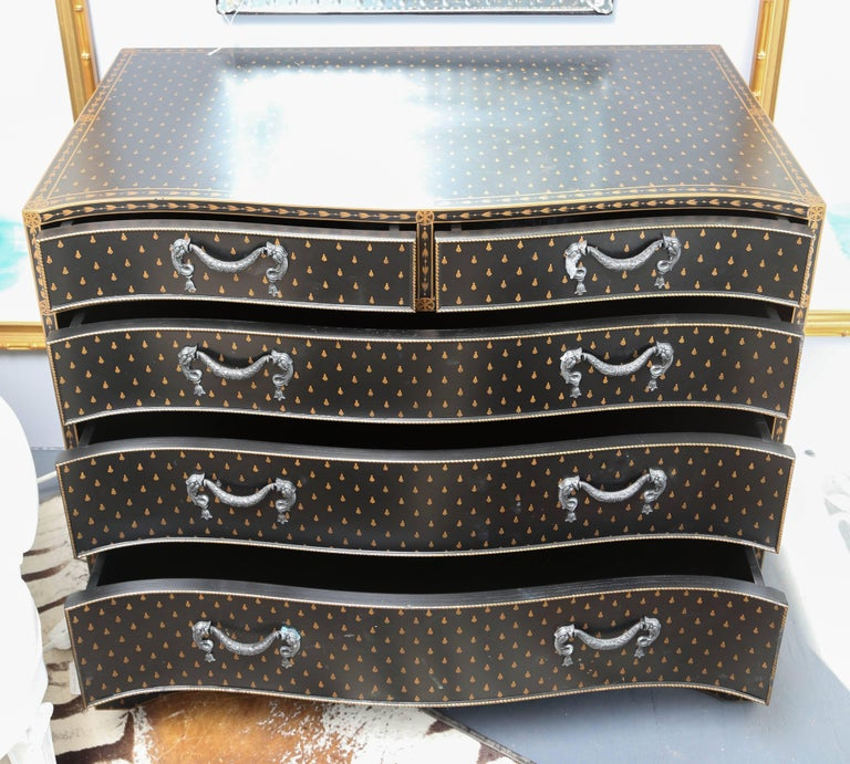 Pair of Hand -Painted Regency Style Chests In Good Condition For Sale In West Palm Beach, FL