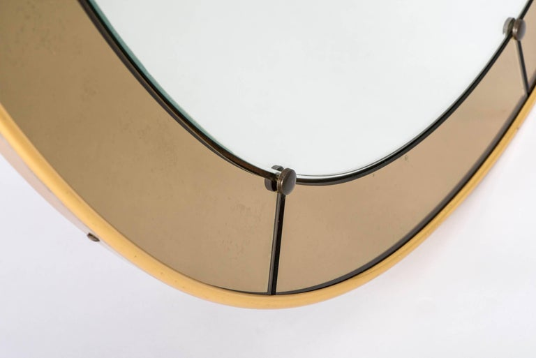 Italian Cristal Arte oval wall mirror with champagne glass border, Italy, circa 1960 For Sale