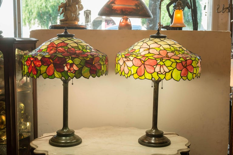 Art Nouveau Pair of Leaded Glass Table Lamps by the Unique Art Glass Co. For Sale