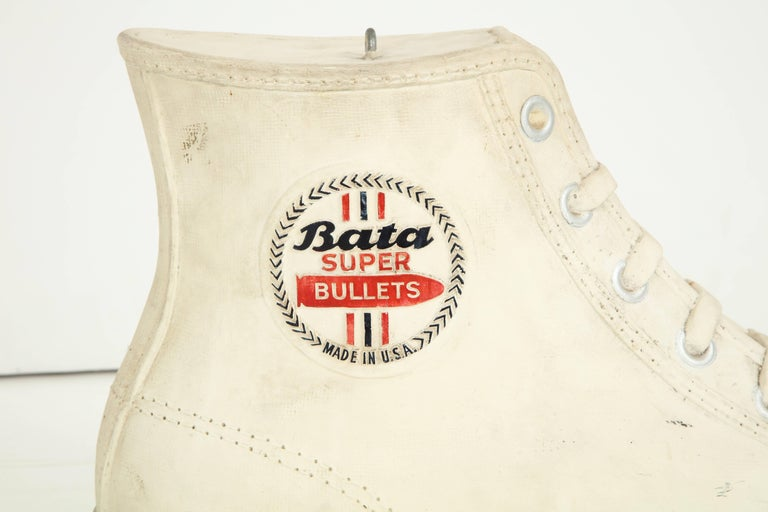 Large Plaster Promotional Bata Sneaker 8