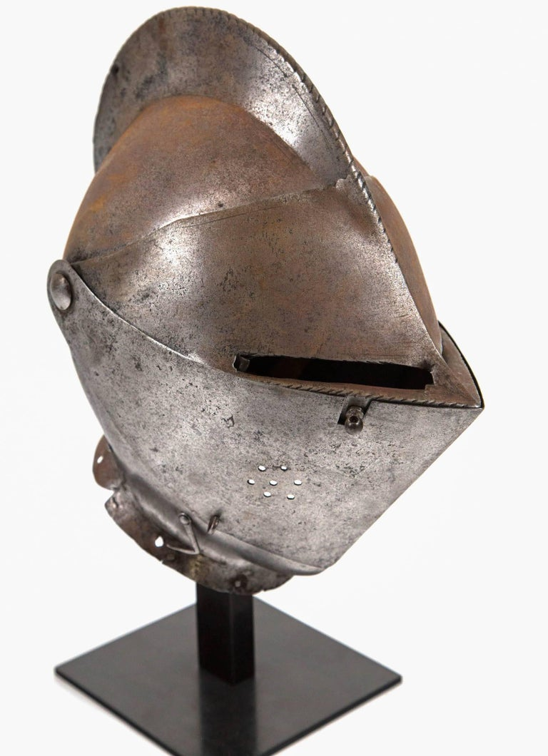 Antique Chevalier Helmet, France, 16th Century In Good Condition For Sale In Chappaqua, NY