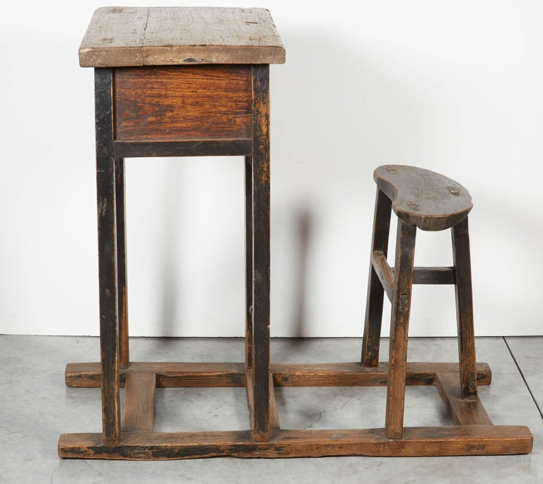 Antique Chinese School Desk In Good Condition For Sale In New York, NY