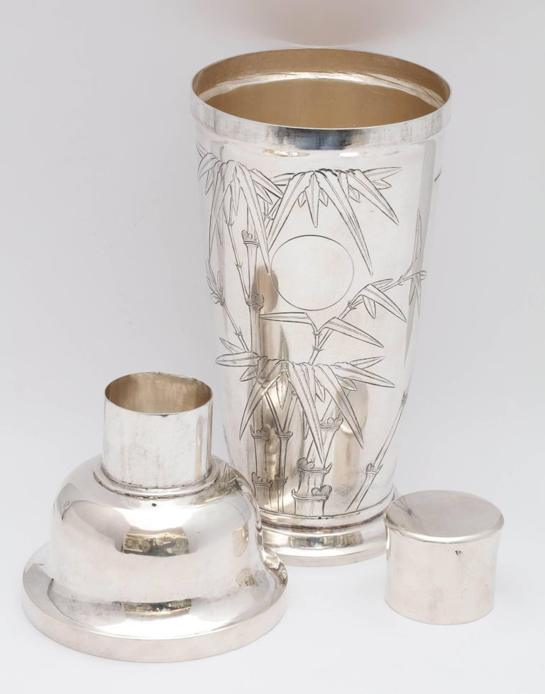 Mid-Century Modern Sterling Silver Cocktail Shaker For Sale 4