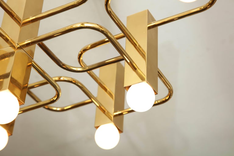 Nine-Arm Sciolari Chandelier Pendant In Excellent Condition For Sale In New York, NY