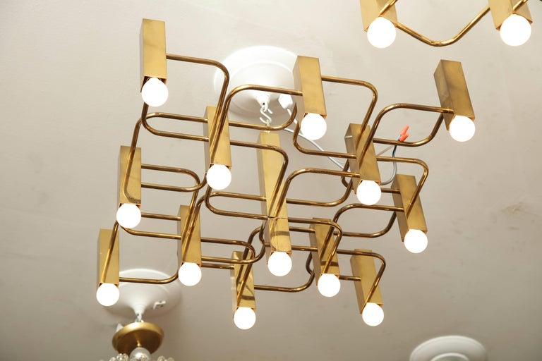13-arm Sciolari chandelier pendant.