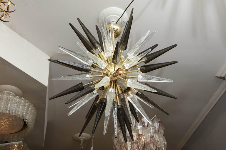 Murano Smoke and Clear Glass Spike Sputnik In Excellent Condition For Sale In New York, NY