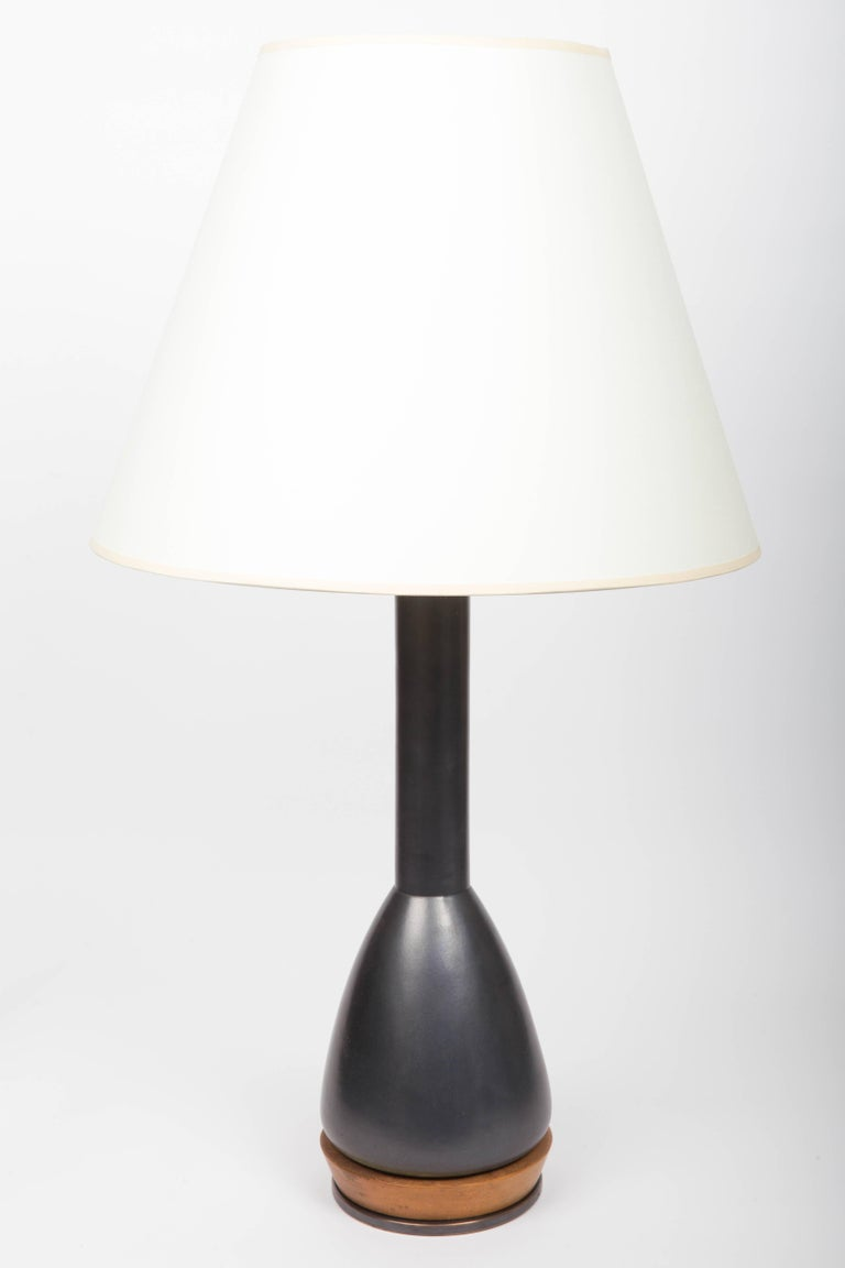 Black Ceramic Table Lamp, Attributed to Martz In Excellent Condition For Sale In East Hampton, NY