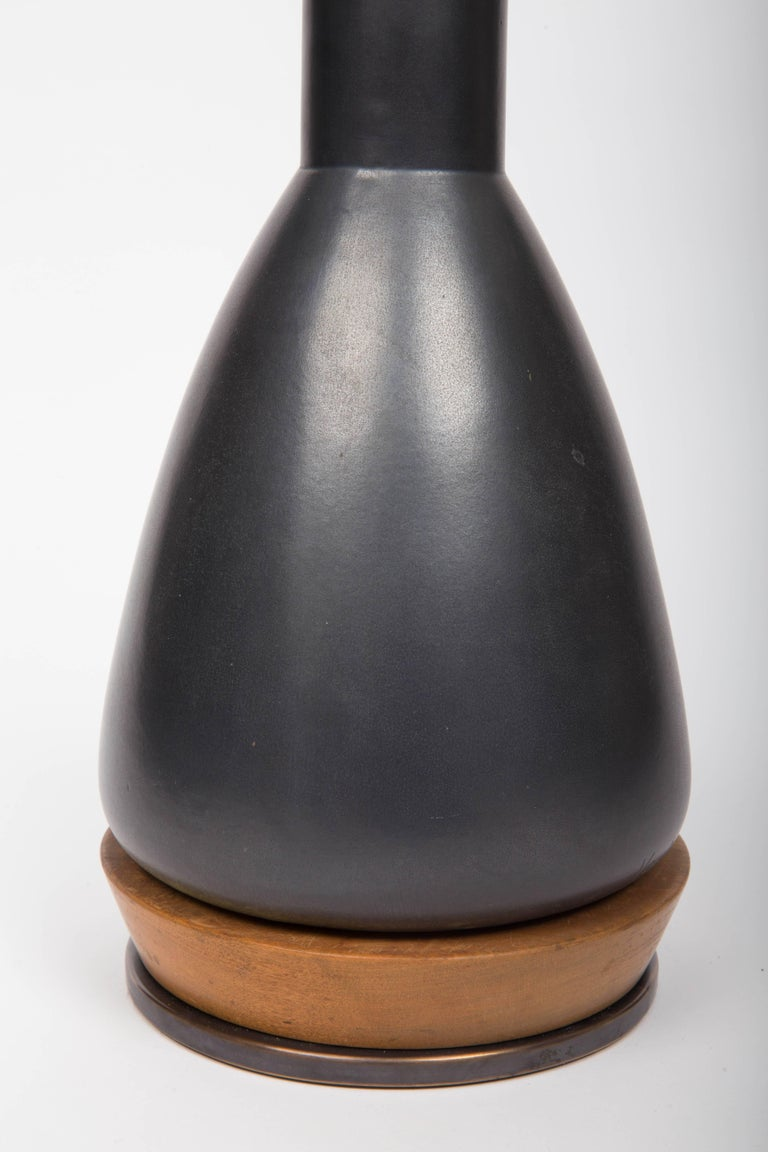 Mid-20th Century Black Ceramic Table Lamp, Attributed to Martz For Sale