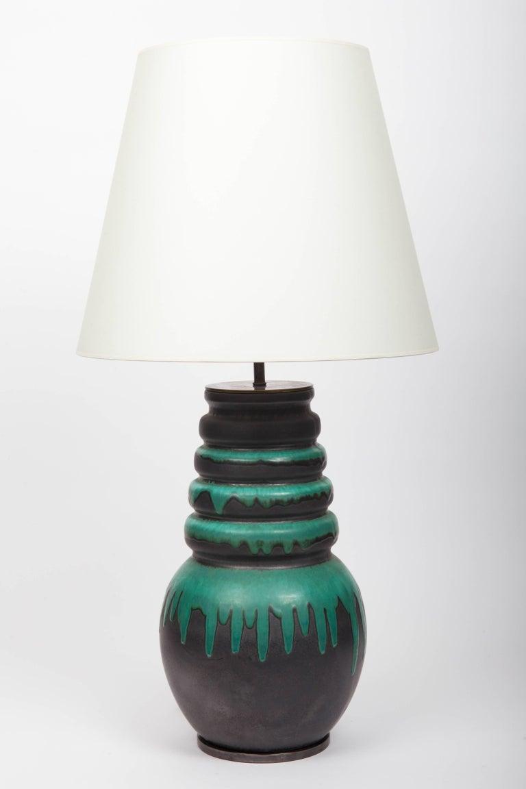 Black and green floor vase 269-40