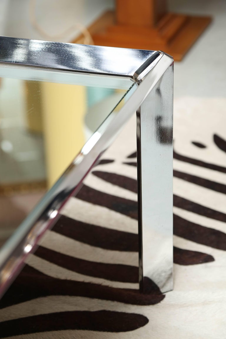 Mirror Coffee Table with Steel Edging, Contemporary, Chic, Elegant In Excellent Condition For Sale In Miami, Miami Design District, FL