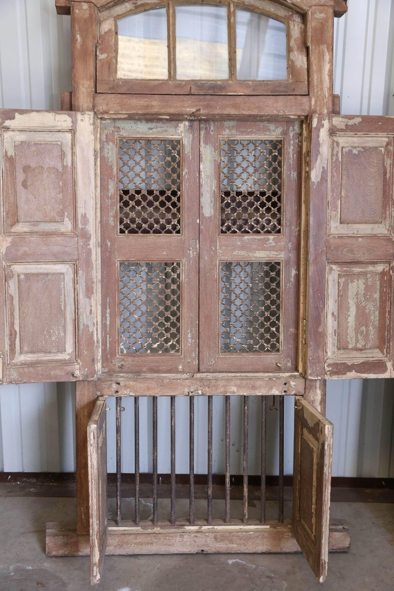 Early 19th Century Ornate Window from a Portuguese Colonial Church For Sale 1