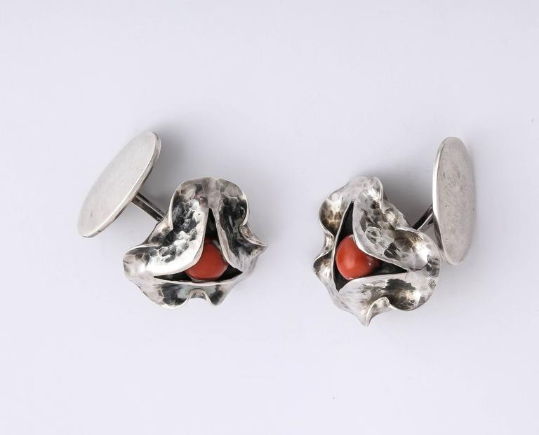1920s-1930s Art Deco Coral Sterling Silver Cufflinks For Sale 2