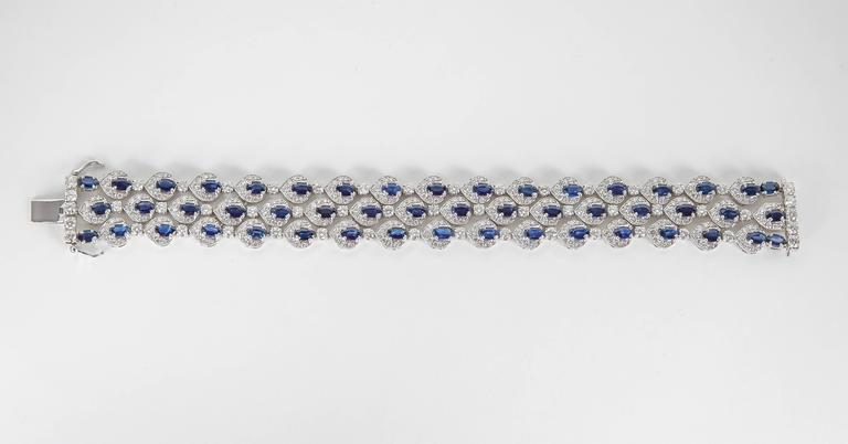 Three Row Sapphire Diamond gold Bracelet In Excellent Condition For Sale In New York, NY
