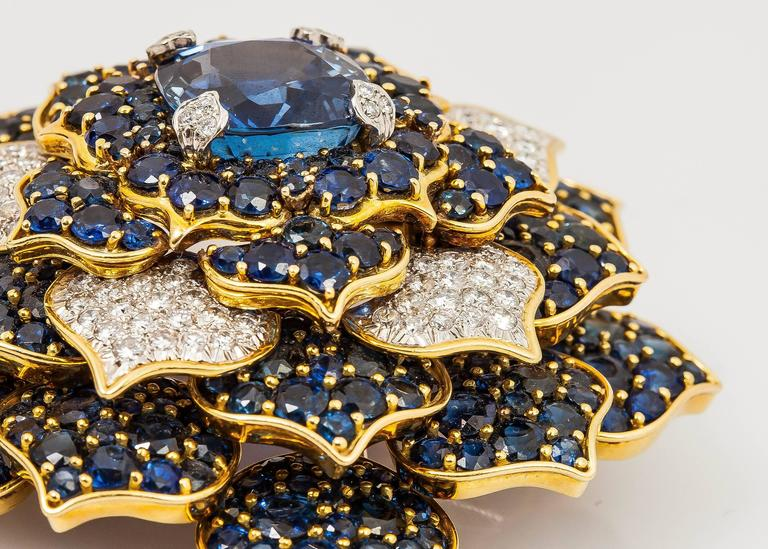 Verdura Gorgeous Sapphire Diamond Gold Flower Brooch For Sale 1