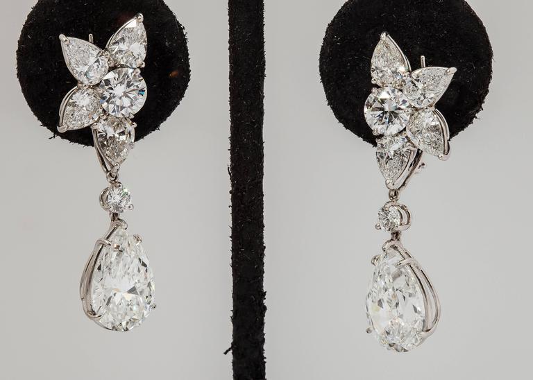 harry winston diamond platinum winston cluster drop earrings For Sale 2