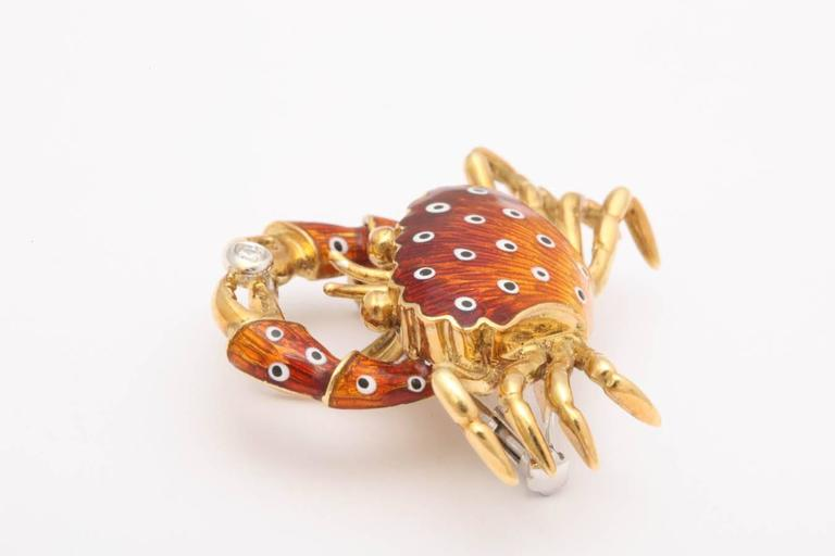Charming Italian Gold and Enamel Crab Pin/Pendant 4