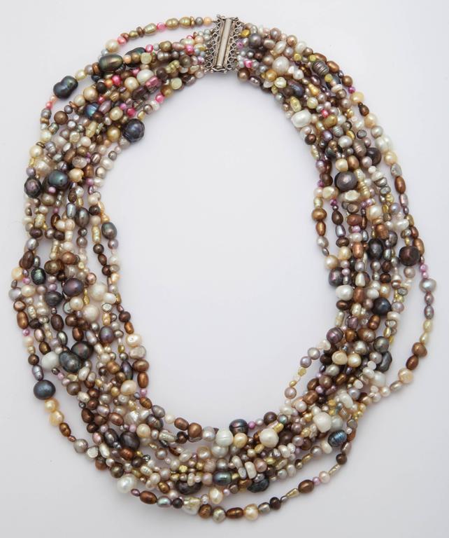 Ten Strand Multi-Color Pearl Necklace For Sale 1