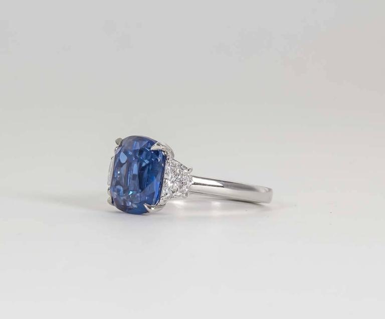 Women's 5 Carat Vivid Blue Sapphire Diamond Platinum Ring For Sale
