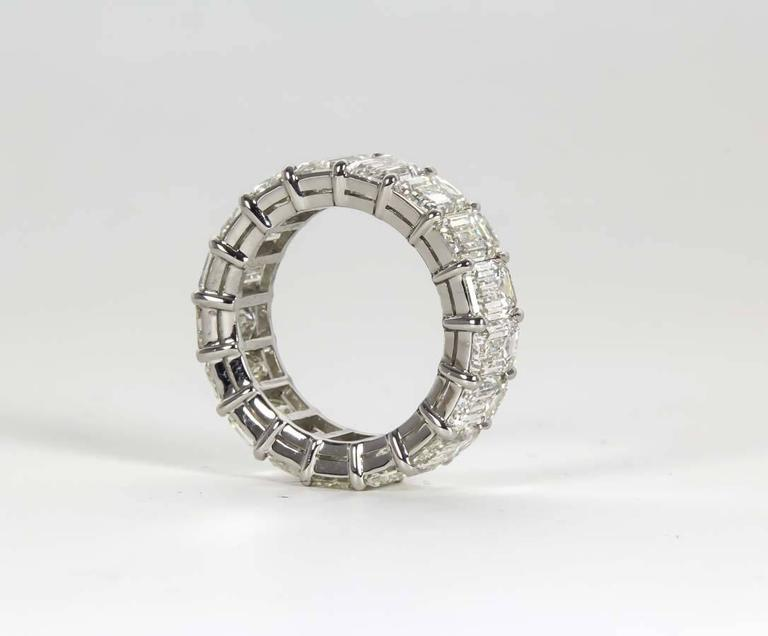 14 Carat Emerald Cut Diamond Platinum Eternity Band Ring In New Condition For Sale In New York, NY